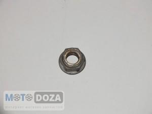 Гайка заднего колеса d=12 mm б/у.