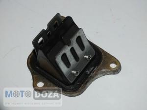 Лепестковый клапан Honda Dio AF34 New б/у